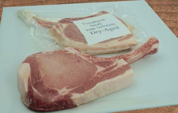 Tomahawk-Steak Schwein